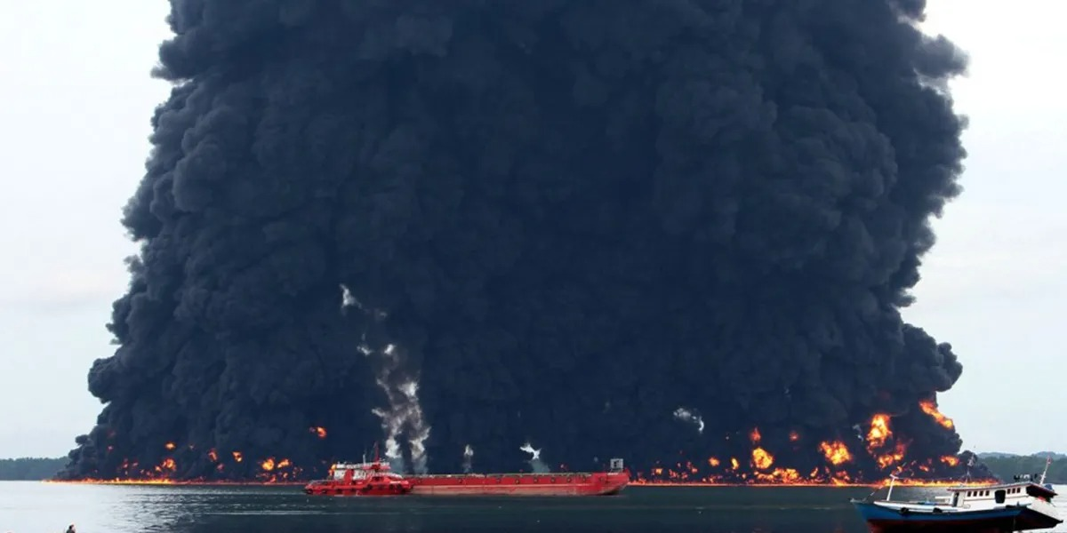 Indonesian Island Oil Spill